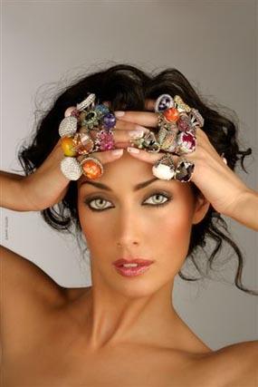 Lola Alcocer, premio a la mejor modelo de SIMOF 2008
