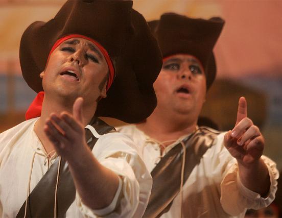 La comparsa de Jerez Las américas agradó al público.   Foto: Jesus Marin