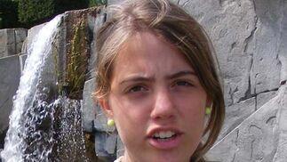 Marta del Castillo Casanueva tiene 17 años y fue vista por última vez en el portal de su casa.  Foto: Antonio Pizarro