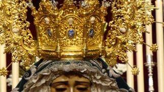 Besamanos de la Virgen de la Candelaria.  Foto: Juan Parejo