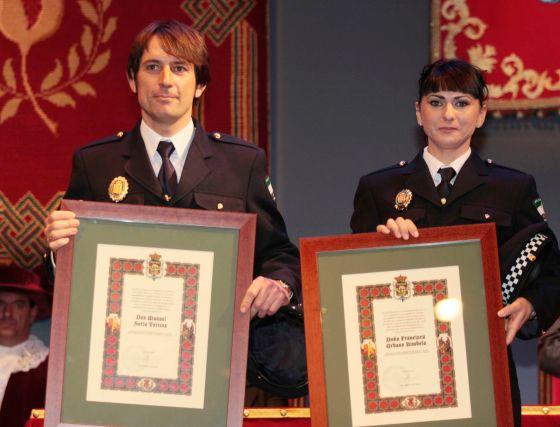 La Policía Local tuvo un lugar destacado entre los premiados. Fueron premiados Nicolás Gallardo, Francica Urbano y Manuel Soria.  Foto: Miguel Rodr?ez