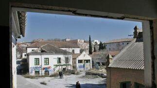 Vista del patio interior del futuro centro cívico del barrio de Los Pajaritos.  Foto: Miguel Rodriguez
