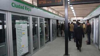 Estación del metro a su paso por Ciudad Expo.  Foto: Jose Angel Garcia