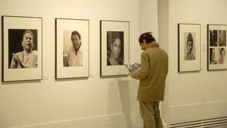 El sevillano Paco Sánchez expone una muestra con retratos de artistas flamencos.  Foto: Tamara Sánchez