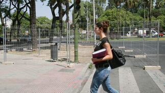 Obras del carril bici al comienzo de la Avenida Carrero Blanco./ Victoria Hidalgo