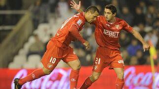 El Sevilla pierde un punto en el descuento frente al Racing (3-2). / Félix Ordóñez