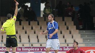 El Xerez se adelanta en el marcador pero la expulsión de Lombán abre el camino de la remontada del Córdoba que acaba ganando con facilidad 1 a 3  Foto: Miguel Angel Gonzalez