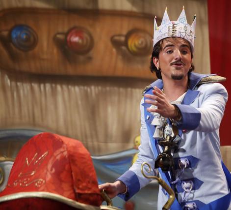 Comparsa 'El rey de mi casa'  Foto: Jesus Marin