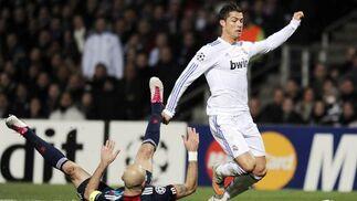El Real Madrid empata en Lyon y pone medio pie en los cuartos de final de la 'Champions'. / AFP