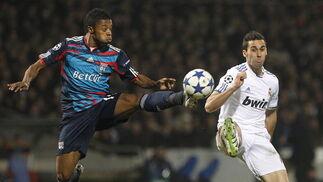 El Real Madrid empata en Lyon y pone medio pie en los cuartos de final de la 'Champions'. / EFE