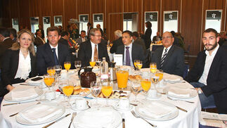 Carmen Pérez Espejo (Responsable Marketing BBVA), Fernando Ortega, Carlos Latorre (abogado), José Luis Ferrer (CEC), Álvaro Osborne (Grupo Álvaro Osborne) y Francisco Pascual.  Foto: Joaquín Pino