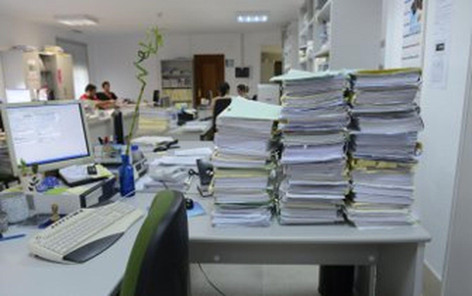 Resultado de imagen de TRABAJO ATASCADO JUSTICIA