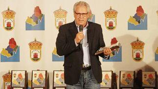 Rafael Palomino Kaiser recibió la Mención Especial por ser el fundador de la Mancomunidad, en el año 1985.  Foto: Erasmo Fenoy