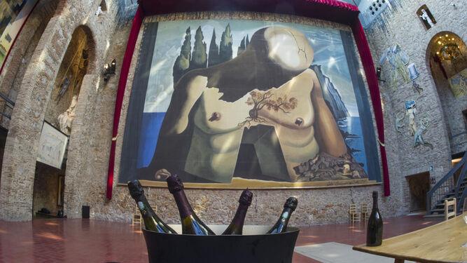 Un rosado apadrinado por Dalí