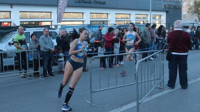 La atleta del Chapín Jerez Alba Caballero, en pleno esfuerzo.