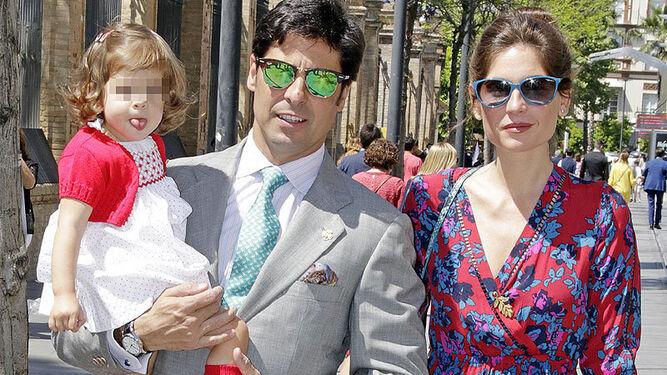 Francisco Rivera vio las procesiones con su mujer y su hija.