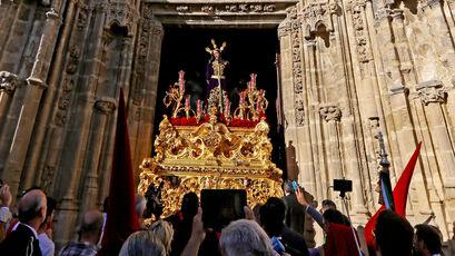 Nuestro Padre Jesús del Prendimiento salió, tras doce años, desde el templo parroquial de Santiago.