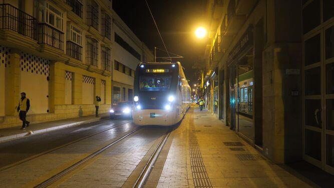El tranvía se sigue familiarizando con Chiclana