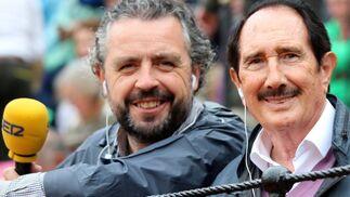 Paco García y Manuel Molés retransmiten en directo para Radio Sevilla todas las tardes.