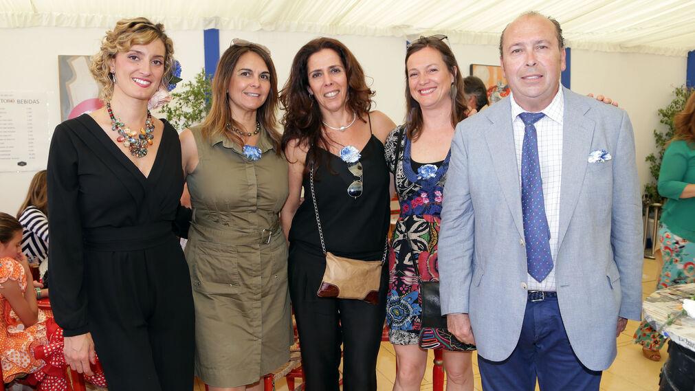 Carmen Caballero, de 'Orange', Carmen Portela, Laura Pérez, con Teresa Macías y Benjamín Sánchez