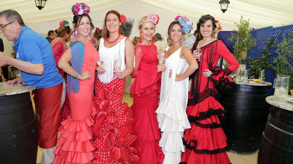 Isabel Gallego, Rosa Pérez, Rocío González, Anabel Sanmartín y Tatiana Chagoyen.