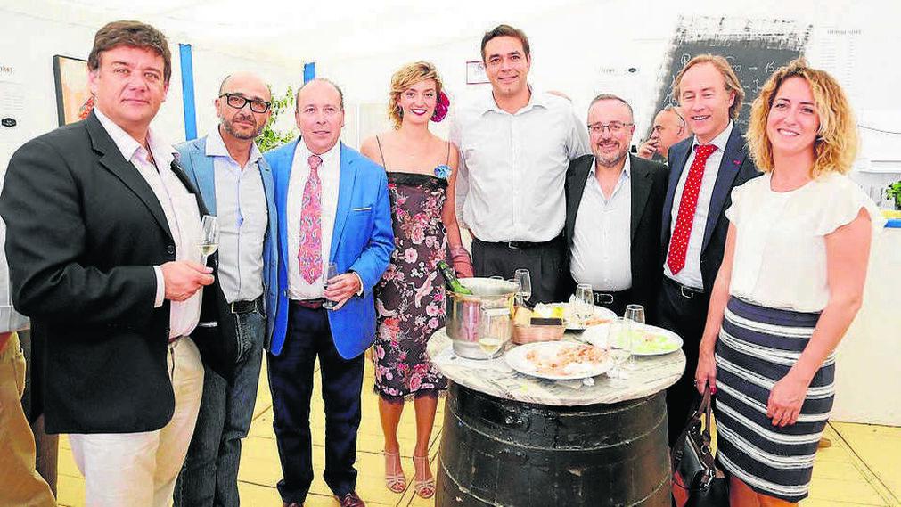 Juan Antonio Saurco, Benjamín Ruiz (Beiman), Benjamín Sánchez, Teresa Macías, Antonio García (Sanitas), Juan Carlos Camacho, José Luis Gutiérrez y María García.