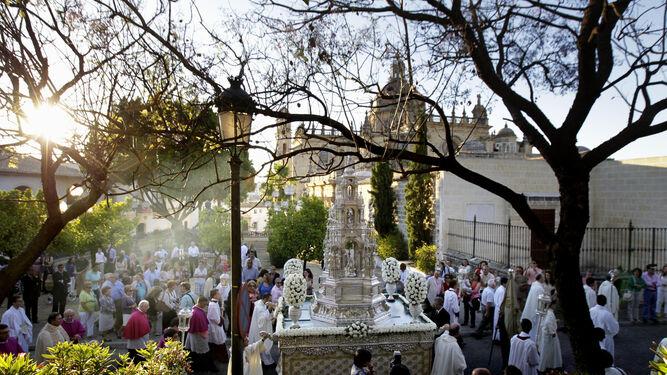 La procesión del Corpus Christi estará precedida de la Eucaristía en la Catedral y culminará con la Bendición y Reserva del Santísimo Sacramento del Altar.