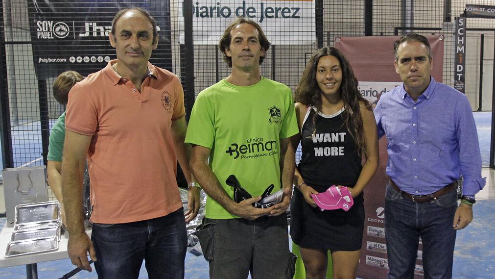 Lalo Laínez y Paula Noble, campeones consolación mixta.