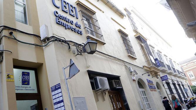Imagen tomada ayer de la nueva sede del CEEI en Jerez y vivero de empresas, en el número 2 de la calle Bizcocheros.