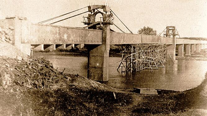 Acueducto de Tempul 1925. Vista general del puente antes del descimbramiento