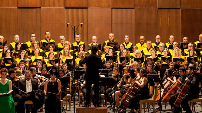 La Coral de la UCA y la Orquesta Beigbeder, en un concierto conjunto.