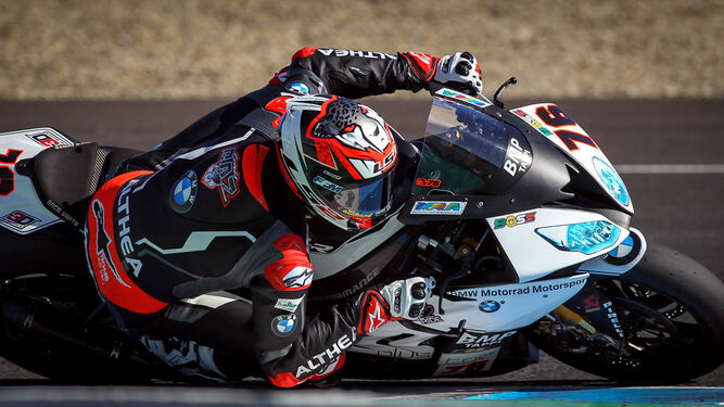 Loris Baz, tras su paso por el Mundial de MotoGP, se estrenó ayer en el Circuito con el Althea BMW Racing.