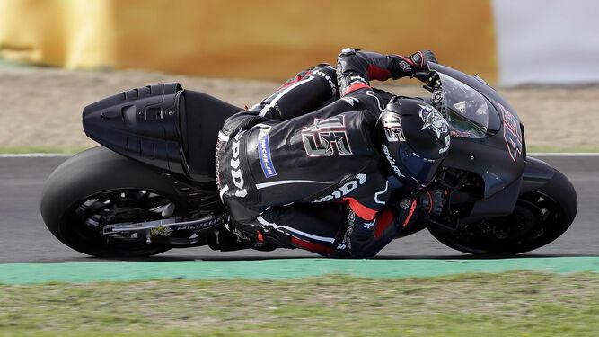 Scott Redding, con la Aprilia RS-GP de MotoGP.