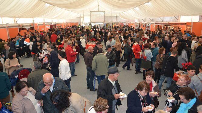 La feria de la chacina en Benaoján congregó a más de 7.000 personas en la edición del pasado año.