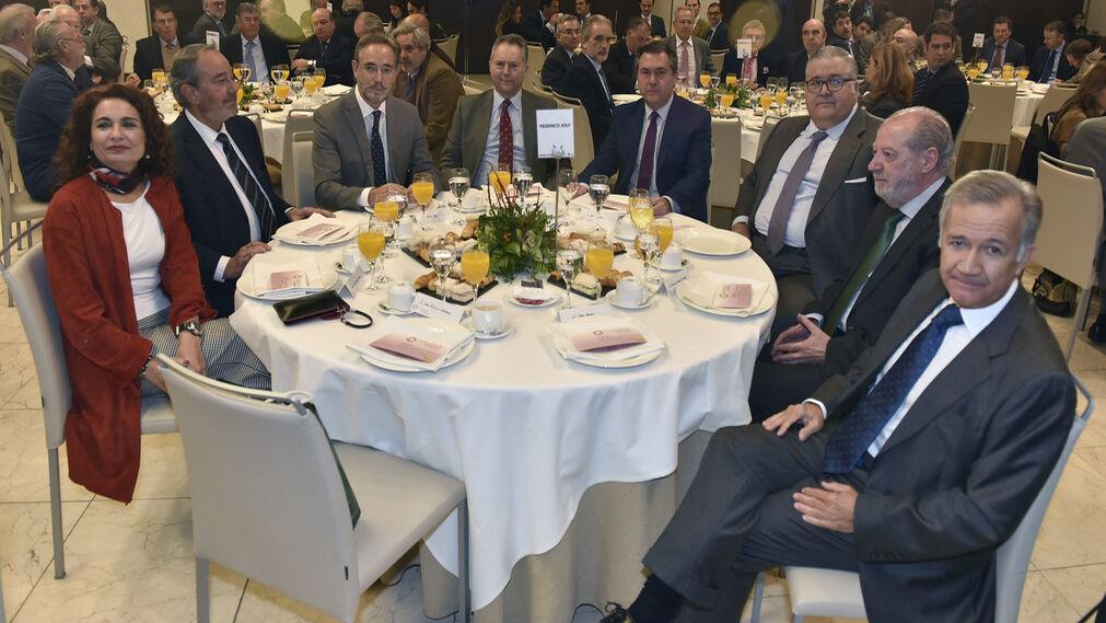 María Jesús Montero, Francisco Martín González, Felipe López, José Joly, Juan Espadas, Antonio Martín Pozo, Fernando Rodríguez Villalobos y Jorge Segura.