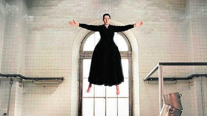 Detalle de 'La cocina' (2009) de Marina Abramovic.