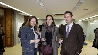 Carmen del Valle, Carolina Pérez-Luna y Miguel Berraquero.