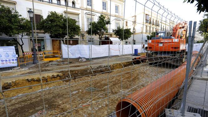 Obras entre Angustias y Corredera, ayer.