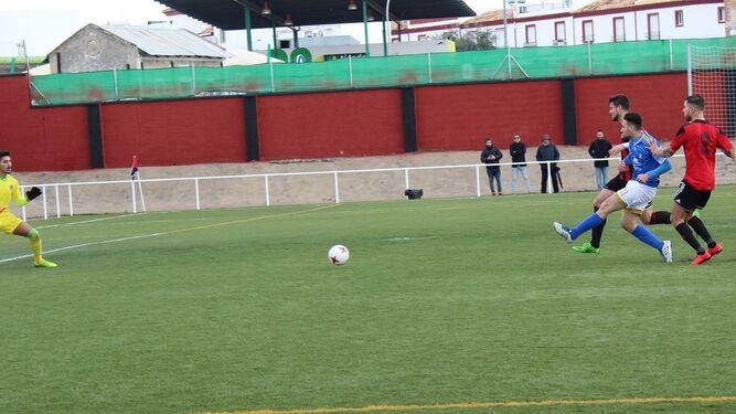 Secuencia del gol de Juan Benítez y la posterior celebración.