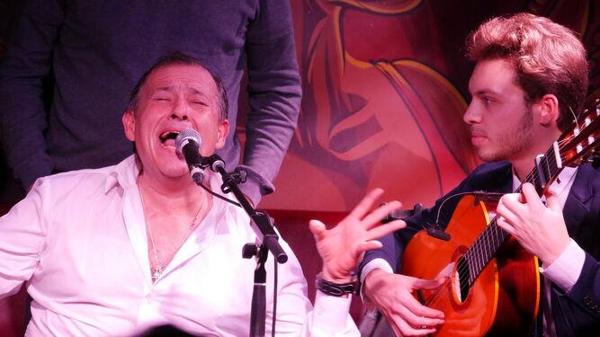 Andrés de Jerez presenta en París su primer disco en solitario