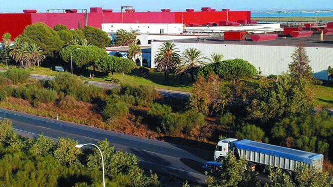 Imagen de archivo de la antigua fábrica de Delphi en Puerto Real, cuando aún estaba en funcionamiento.