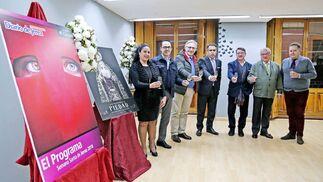 Brindis tras el acto de presentación de la revista 'El Programa' que edita Diario de Jerez.