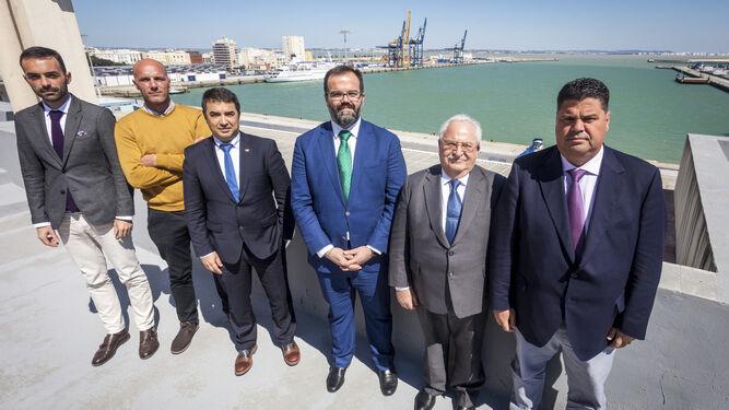 De izquierda a derecha, Manuel Álvarez, José Luis Macpherson, Antonio Trigo, Salvador Durán, Emilio Medina y Diego Chaves.
