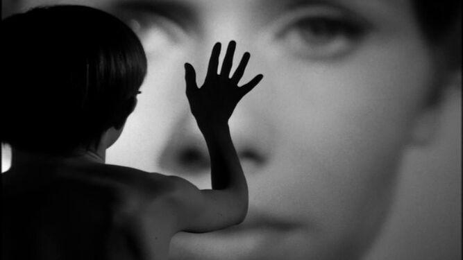 Un fotograma emblemático de 'Persona', que anticipa la portentosa libertad del filme.