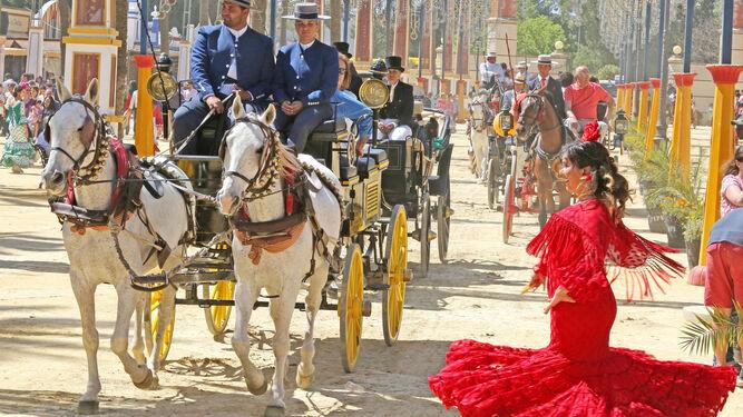 Caballos y fiesta, el binomio perfecto para el último día de Feria.