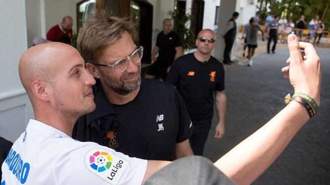 La Bombonera, de la tensión a la alegríaKlopp levanta pasiones en MarbellaLa fe de un goleador llamado Miguel Borja