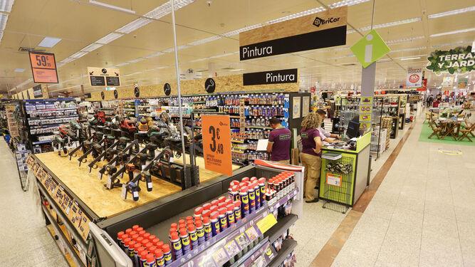 e582407c8182 Bricor traslada su tienda de Luz Shopping a las instalaciones de El ...