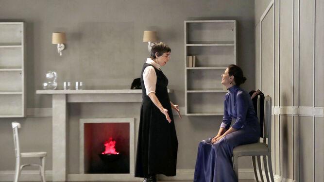 Cr tica la recreaci n de la 39 casa de mu ecas 39 en un teatro villamarta perfumado de mujer - Casa de munecas teatro ...