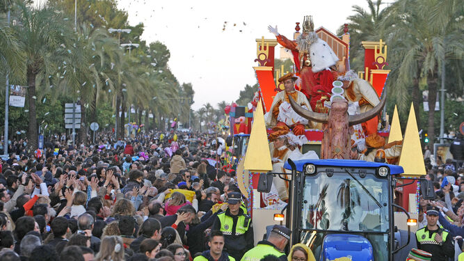 Carrozas De Reyes Magos Fotos.El Dia De La Cabalgata De Los Reyes Magos Trabajaran Cien