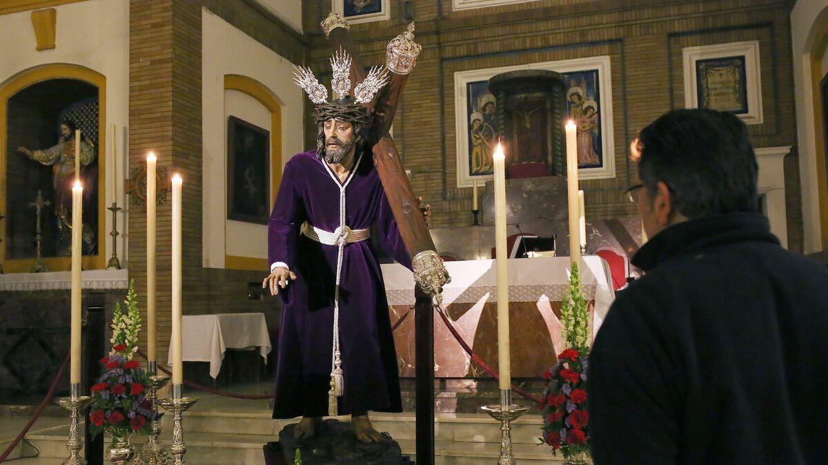 Cofradías El Señor De Las Misericordias Volvió A Su Parroquia De Santa Ana
